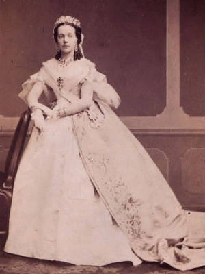 Archduchess_Marie_Henriette_of_Austria_Queen_of_the_Belgians.JPG