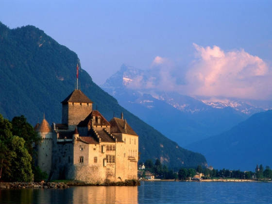 Chillon-Castle.jpg