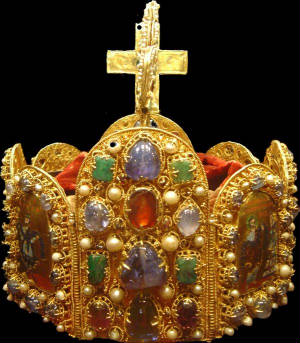 Holy-Roman-Empires-Emperor-Crown.jpg
