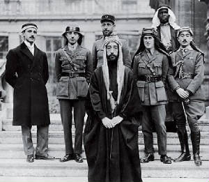 king-faisal-I-of-iraq-group-picture.jpg
