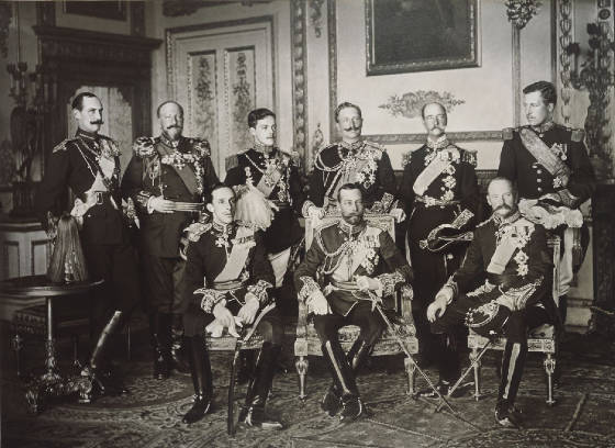 monarchs-of-europe-nine-kings-May-1910.jpg